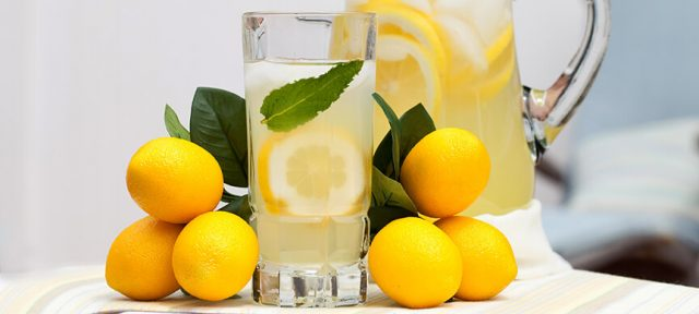 The Reason Why Starting Your Day With A Cup of Hot Lemon Water Is The Best Idea Ever!