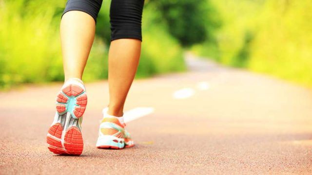 15 Reasons Why You Should Start Taking Daily Walks