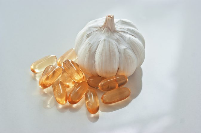 6 Benefits of having a garlic infused diet